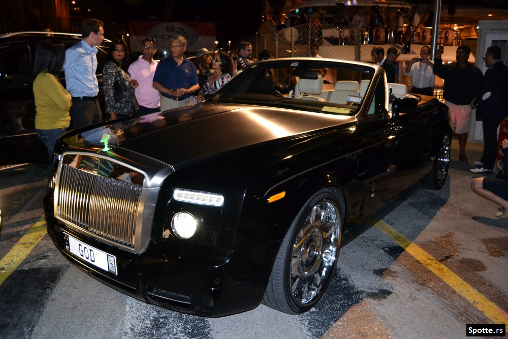 MegaUpload GOD Rolls-Royce Phantom Drophead